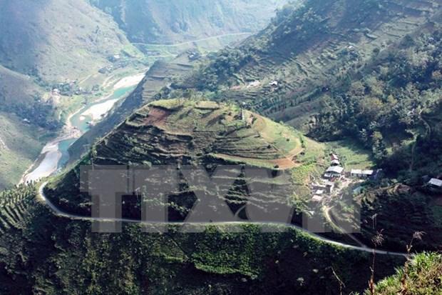 Former revolutionary base region showcases tourism potential hinh anh 1