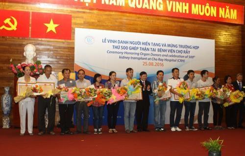 HCM City's Cho Ray hospital marks 500th kidney transplant hinh anh 1