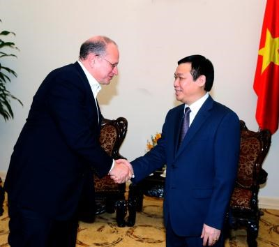 Deputy PM meets AIA Corporation President hinh anh 1