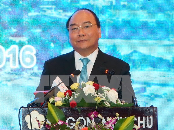 PM requires Ninh Thuan to build stronger investors' confidence hinh anh 1