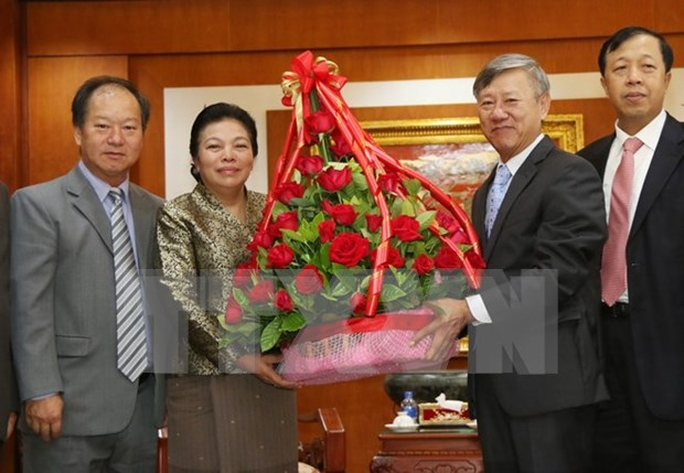 Lao official congratulates Vietnam on National Day hinh anh 1