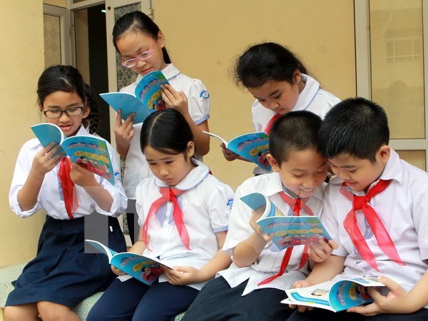 UNICEF pledges to back Vietnam in child development hinh anh 1