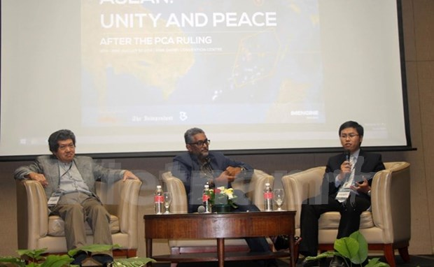 Seminar discusses post-PCA peace, unity in ASEAN hinh anh 1