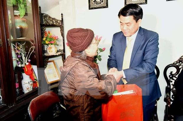 Hanoi leader visits former revolutionary safety zone hinh anh 1