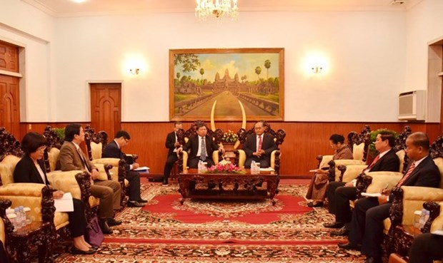 Cambodia will try best to boost ties with Vietnam: Official hinh anh 1