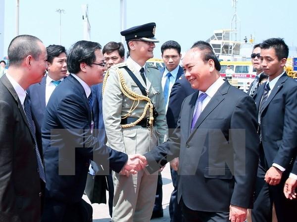 Prime Minister Nguyen Xuan Phuc visits Chinese Hong Kong hinh anh 1