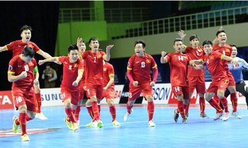 Vietnamese futsal team up three spots in rankings hinh anh 1
