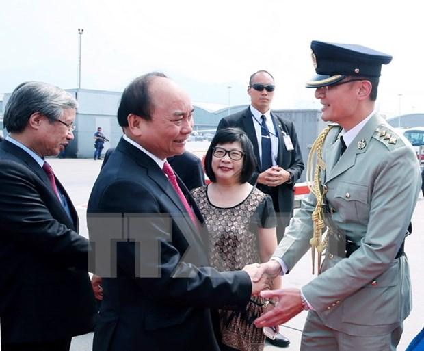 PM Nguyen Xuan Phuc finishes tour of China hinh anh 1