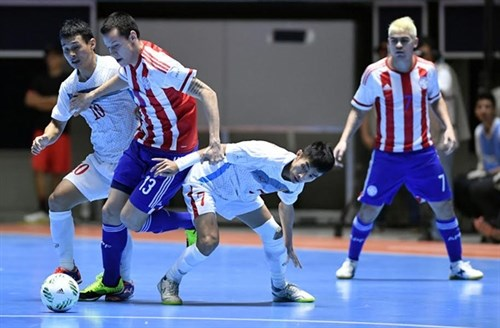 Paraguay beat Vietnam in World Cup Futsal hinh anh 1