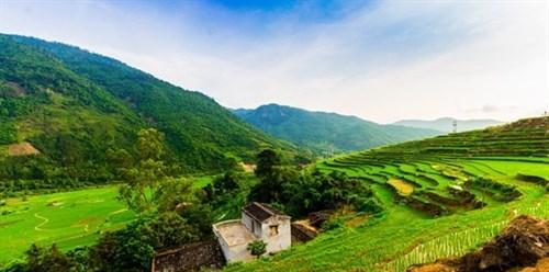 Khe Van Waterfall: serenity and adventure hinh anh 1