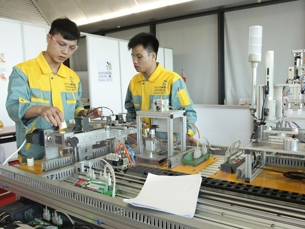 Vietnam targets in Top 3 at ASEAN Skills Competition hinh anh 1