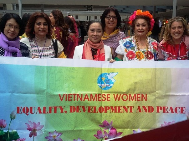 Vietnam joins women's int'l democratic federation congress hinh anh 1
