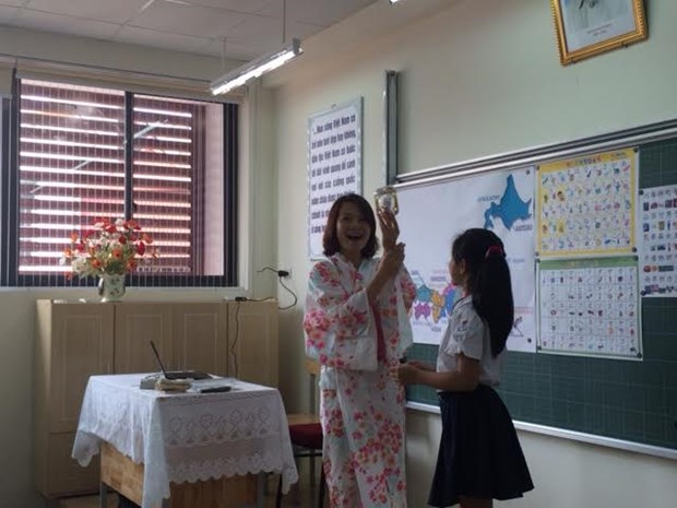 Hanoi launches pilot Japanese, Korean classes hinh anh 1