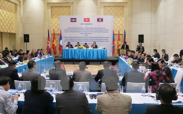Vietnam, Laos, Cambodia discuss development triangle area hinh anh 1
