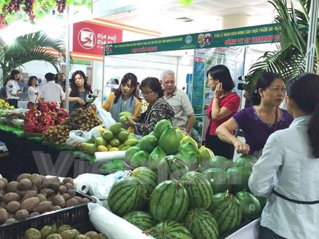 Food fair brings clean food to customers hinh anh 1