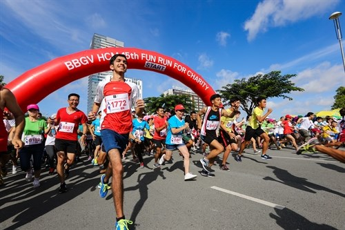 Fun Run for Charity returns to District 7 hinh anh 1
