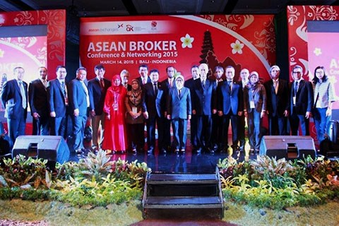 Hanoi hosts ASEAN Broker Networking conference in October hinh anh 1