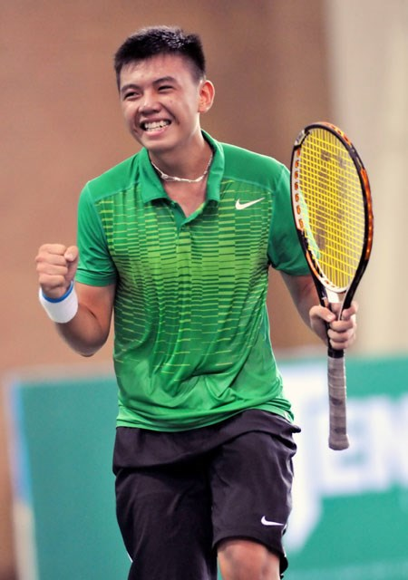 Nam continues rise up world ATP rankings hinh anh 1