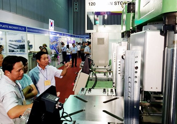 Int'l plastics, rubber industry exhibition kicks off in HCM City hinh anh 1