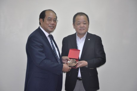 Chairman of Japan Federation of Transport Workers' Union greeted hinh anh 1