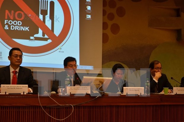 Vietnam co-chairs int'l seminar on fighting human trafficking hinh anh 1