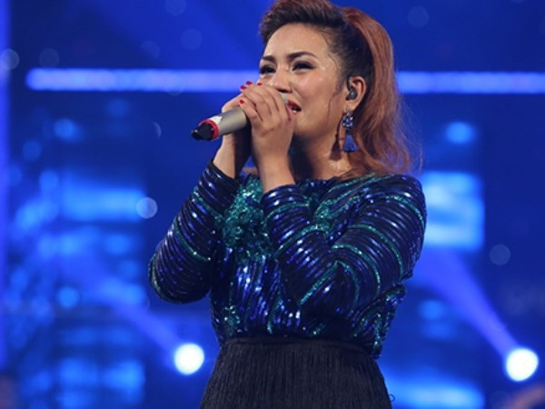 Filipina singer becomes first foreigner to win Vietnam Idol hinh anh 1