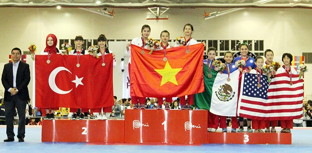 Vietnam wins two golds at World Taekwondo Championship hinh anh 1