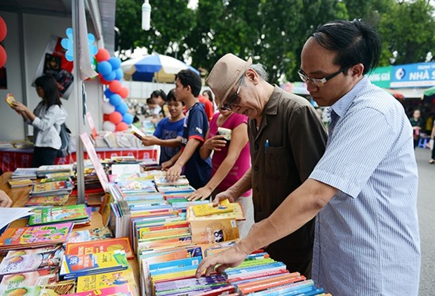 Book fair uncovers some ASEAN voices hinh anh 1