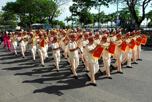 Vietnam attends World Police Band Concert in Japan hinh anh 1