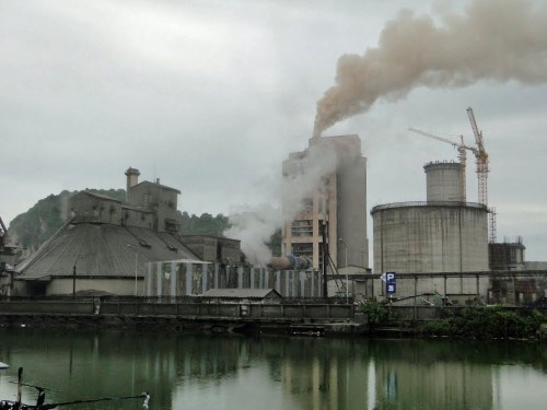 Cement factories, thermal-power plants set for inspection hinh anh 1
