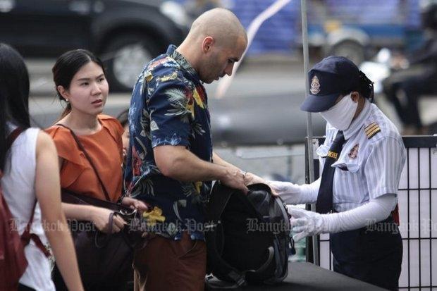 Thailand tightens security in Bangkok hinh anh 1