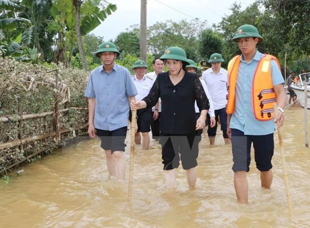 NA leader visits flood victims in Ha Tinh hinh anh 1