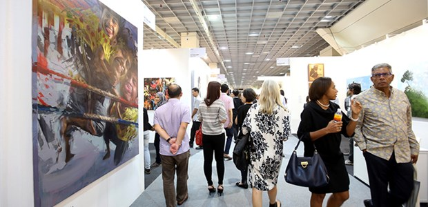 Vietnamese lacquer paintings present at Malaysia Art Expo hinh anh 1