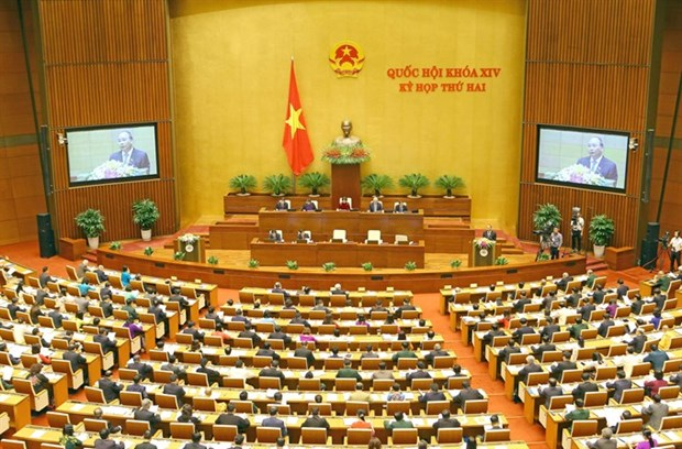 Government reports on economy restructure, public debt hinh anh 1