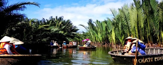 Vegetable Village attracts visitors to Hoi An hinh anh 1