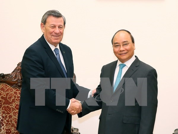 Prime Minister supports FTA with Uruguay hinh anh 1