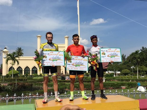 Vietnam first in ranking at Tour de Siak cycling tournament hinh anh 1