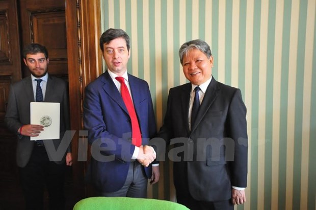 NA Chairwoman supports judicial cooperation with Italy hinh anh 1
