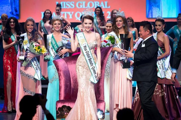 Duyen crowned Miss Global Beauty Queen 2016 hinh anh 1