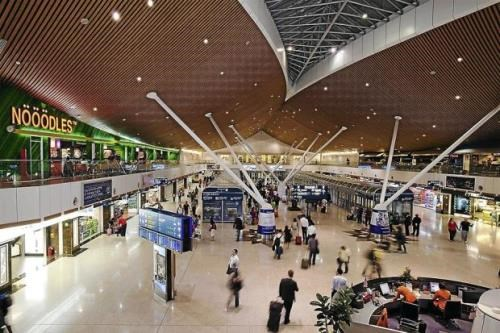 Malaysia announces cheaper airport charges for ASEAN flights hinh anh 1