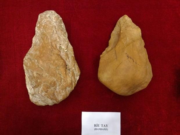 International symposium spotlights Vietnam's earlier stone age hinh anh 1