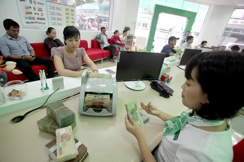 Improve access to banking services, SBV urges hinh anh 1