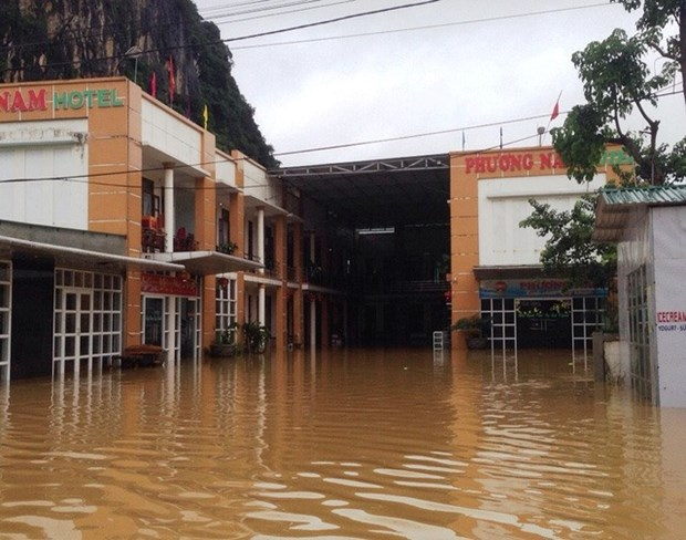 Central provinces of Ha Tinh, Quang Binh see more flooding hinh anh 1