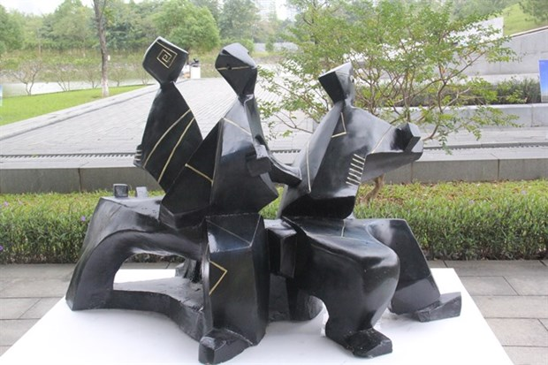 Exhibition honours icons of Vietnamese sculpture hinh anh 1
