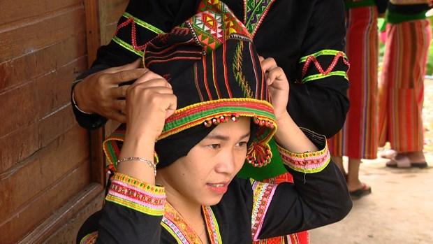 Classes preserve Cong ethnic minority's folk art hinh anh 2
