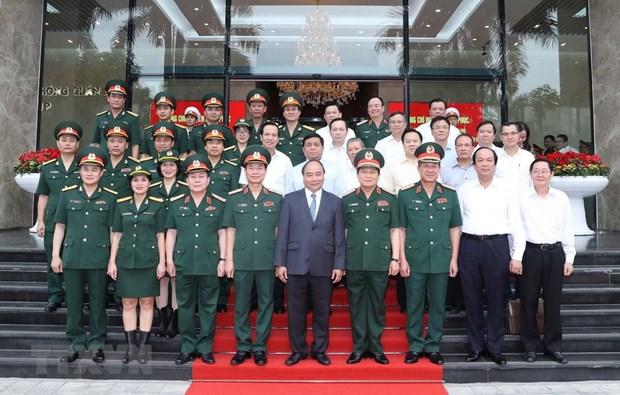 PM Nguyen Xuan Phuc commends Viettel's achievements hinh anh 1
