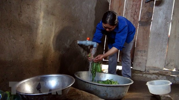 About 52 percent of rural residents in Hanoi enjoy clean water hinh anh 1