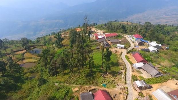Primitive landscape turns mountainous village into tourist site hinh anh 1