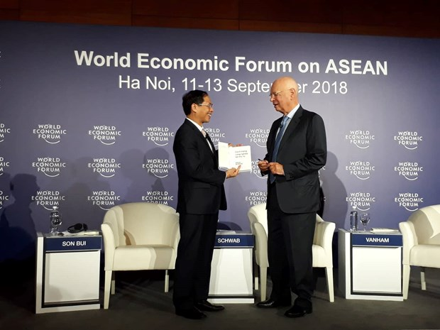 Book on Fourth Industrial Revolution launched hinh anh 1