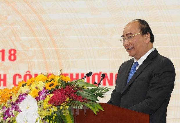 Vietnam must be factory of the world: Prime Minister Nguyen Xuan Phuc hinh anh 1